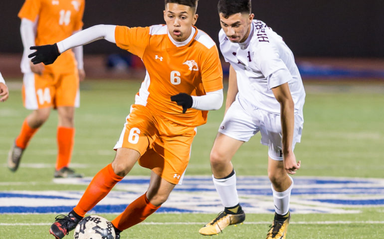 #ok3sports, high, school, soccer, ok3sports, san antonio, varsity, boys soccer, boys, sports, high school, highlands owls, highlands boys soccer, highlands high school, burbank bulldogs, burbank high school, burbank boys soccer, Elian Valdez, Jose Lagunas Ontiveros